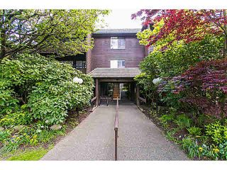 """Photo 1: 302 1720 W 12TH Avenue in Vancouver: Fairview VW Condo for sale in """"TWELVE PINES"""" (Vancouver West)  : MLS®# V1121634"""