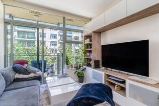 """Photo 8: 315 38 W 1ST Avenue in Vancouver: False Creek Condo for sale in """"The One"""" (Vancouver West)  : MLS®# R2597400"""