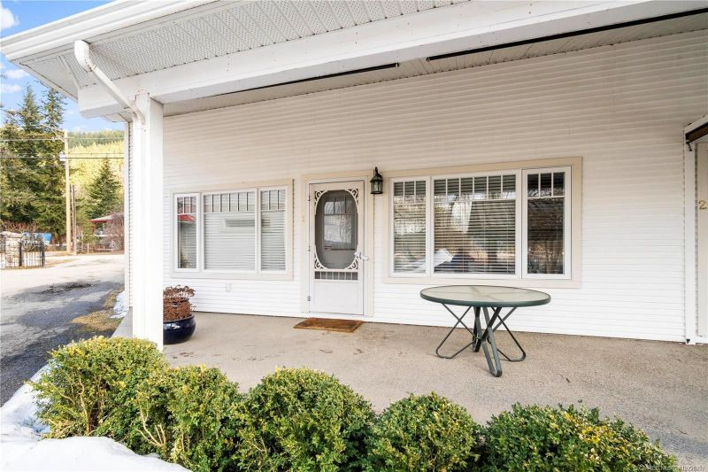 FEATURED LISTING: 1 - 1965 Eagle Bay Road Blind Bay