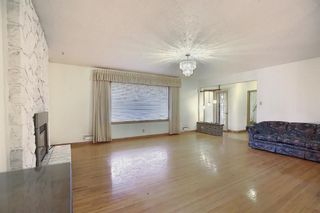 Photo 11: 2104 Victoria Crescent NW in Calgary: Banff Trail Detached for sale : MLS®# A1041397