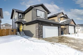 Photo 1: 338 Kolynchuk Manor in Saskatoon: Stonebridge Residential for sale : MLS®# SK849177
