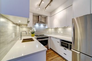 """Photo 2: 317 5355 LANE Street in Burnaby: Metrotown Condo for sale in """"Infinity"""" (Burnaby South)  : MLS®# R2433128"""