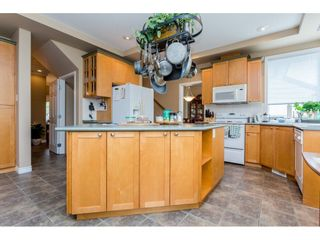 Photo 7: 6237 167A Street in Surrey: Cloverdale BC House for sale (Cloverdale)  : MLS®# R2097279