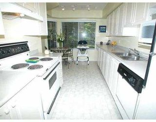 """Photo 3: 47 103 PARKSIDE DR in Port Moody: Heritage Mountain Townhouse for sale in """"PARKSIDE DRIVE"""" : MLS®# V594351"""