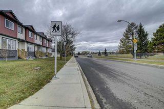 Photo 16: 10205 114 Avenue in Edmonton: Zone 08 Townhouse for sale : MLS®# E4219414