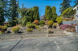 Photo 3: 812 W 19TH Street in North Vancouver: Mosquito Creek House for sale : MLS®# R2568327