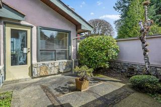"""Photo 27: 5220 TIMBERFEILD Lane in West Vancouver: Upper Caulfeild House for sale in """"Sahalee"""" : MLS®# R2574953"""