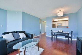 "Photo 9: 806 10899 UNIVERSITY Drive in Surrey: Whalley Condo for sale in ""THE OBSERVATORY"" (North Surrey)  : MLS®# R2326478"