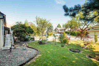 """Photo 33: 15667 101 Avenue in Surrey: Guildford House for sale in """"Somerset"""" (North Surrey)  : MLS®# R2481951"""