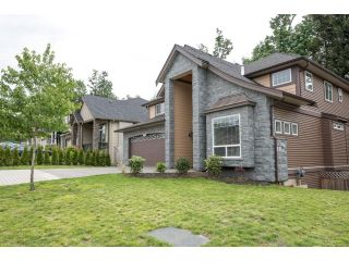 "Photo 2: 2352 MERLOT Boulevard in Abbotsford: Aberdeen House for sale in ""Pepin Brook"" : MLS®# R2068469"
