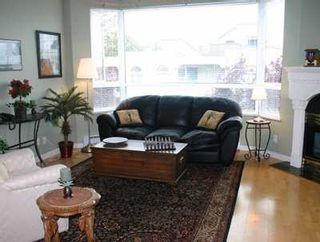 """Photo 2: 303 1688 CYPRESS ST in Vancouver: Kitsilano Condo for sale in """"YORKVILLE SOUTH"""" (Vancouver West)  : MLS®# V605658"""