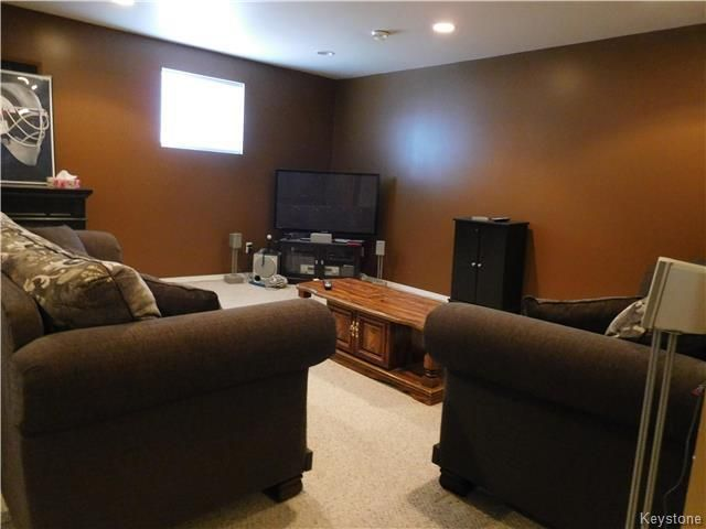 Photo 15: Photos: 54 WESTWOOD Avenue in Mitchell: R16 Residential for sale : MLS®# 1809222
