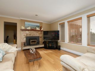 Photo 2: 113 Paddock Pl in : VR View Royal House for sale (View Royal)  : MLS®# 871246