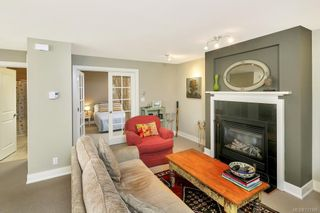 Photo 10: 2 727 Linden Ave in : Vi Fairfield West Condo for sale (Victoria)  : MLS®# 731385