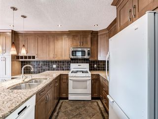 Photo 14: 327 River Rock Circle SE in Calgary: Riverbend Detached for sale : MLS®# A1089764