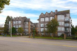 "Photo 18: 404 20200 56 Avenue in Langley: Langley City Condo for sale in ""The Bentley"" : MLS®# R2116212"