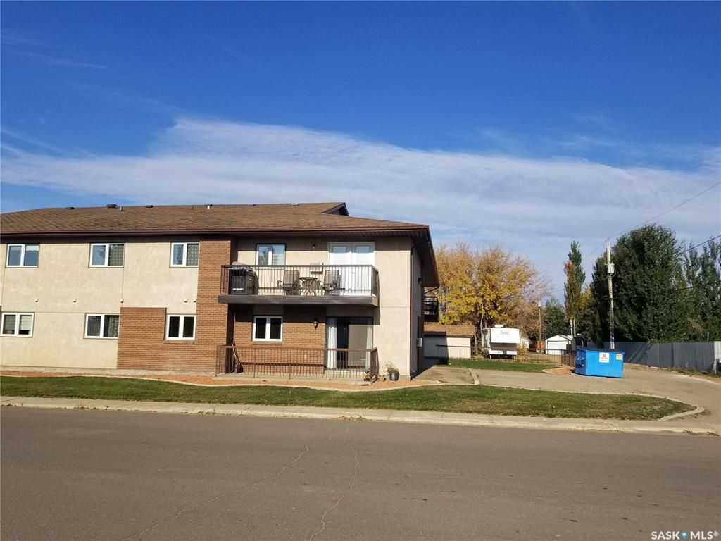 Main Photo: 101 201 3rd Avenue West in Unity: Residential for sale : MLS®# SK871821