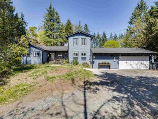 Photo 1: 24255 54 Avenue in Langley: Salmon River House for sale : MLS®# R2569756