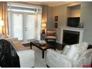 "Photo 3: 407 15368 17A Avenue in Surrey: King George Corridor Condo for sale in ""OCEAN WYNDE"" (South Surrey White Rock)  : MLS®# F1006339"