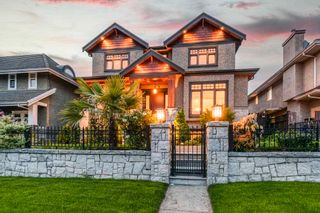 Photo 2: 4257 GRANT Street in Burnaby: Willingdon Heights House for sale (Burnaby North)  : MLS®# R2577202