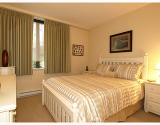 """Photo 4: 108 683 W VICTORIA Park in North_Vancouver: Central Lonsdale Condo for sale in """"Mira On the Park"""" (North Vancouver)  : MLS®# V782248"""