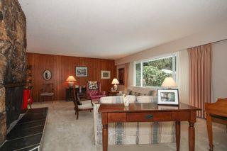 "Photo 3: 49 GEORGIA Wynd in Delta: Pebble Hill House for sale in ""TSAWWASSEN HEIGHTS"" (Tsawwassen)  : MLS®# R2137344"