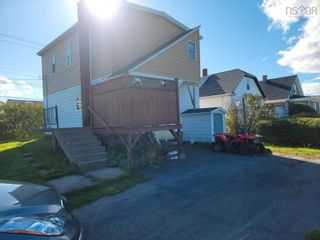 Photo 3: 3237 Hinchey Avenue in New Waterford: 204-New Waterford Residential for sale (Cape Breton)  : MLS®# 202124968