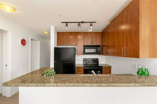 """Photo 4: 307 2680 ARBUTUS Street in Vancouver: Kitsilano Condo for sale in """"Outlook"""" (Vancouver West)  : MLS®# R2396211"""