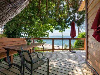 "Photo 23: 1968 OCEAN BEACH Esplanade in Gibsons: Gibsons & Area House for sale in ""BONNIEBROOK BEACH"" (Sunshine Coast)  : MLS®# R2480476"