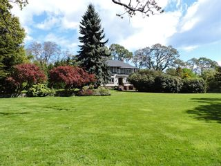 Main Photo: 2420 Lansdowne Rd in : OB Uplands House for sale (Oak Bay)  : MLS®# 869908