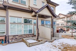 Photo 3: 100 28 Heritage Drive: Cochrane Row/Townhouse for sale : MLS®# A1076913