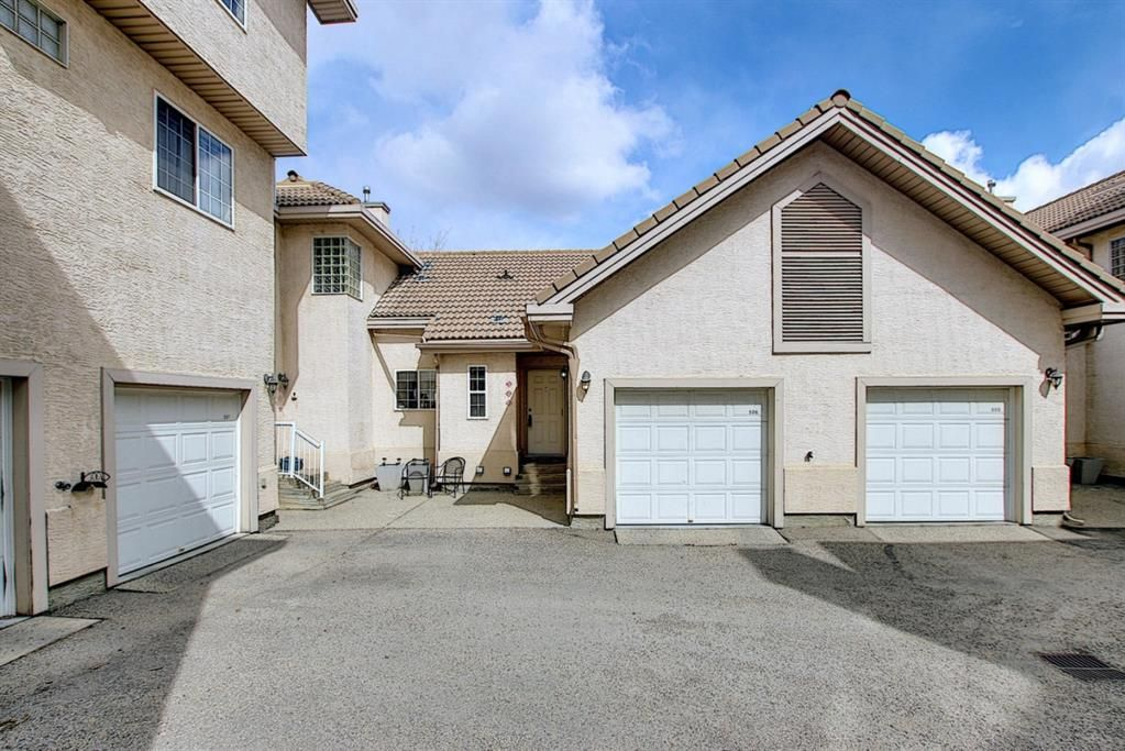 Main Photo: 506 Patterson View SW in Calgary: Patterson Row/Townhouse for sale : MLS®# A1093572
