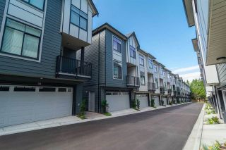 """Photo 10: 26 2427 164 Street in Surrey: Grandview Surrey Townhouse for sale in """"THE SMITH"""" (South Surrey White Rock)  : MLS®# R2530372"""