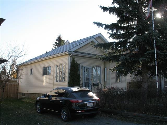 Main Photo: 8030 24 Street SE in Calgary: Ogden_Lynnwd_Millcan House for sale : MLS®# C4037922