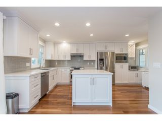 Photo 4: 770 CHILKO Drive in Coquitlam: Ranch Park House for sale : MLS®# R2177437