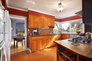 Photo 6: 722 19TH Street in New Westminster: West End NW House for sale : MLS®# V1003056