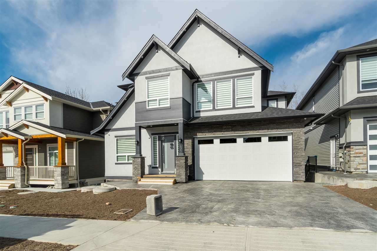 """Main Photo: 4429 EMILY CARR Place in Abbotsford: Abbotsford East House for sale in """"Auguston"""" : MLS®# R2447896"""