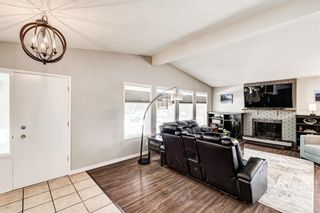 Photo 12: 459 Queen Charlotte Road SE in Calgary: Queensland Detached for sale : MLS®# A1122590
