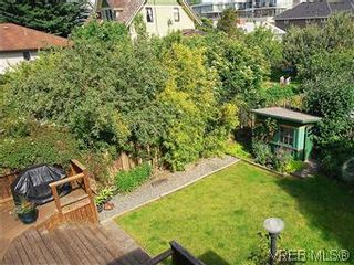Photo 12: 1038 Chamberlain St in VICTORIA: Vi Fairfield East House for sale (Victoria)  : MLS®# 576813