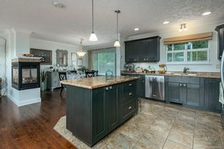 Photo 5: 1609 Cypress Ave in : CV Comox (Town of) House for sale (Comox Valley)  : MLS®# 876902