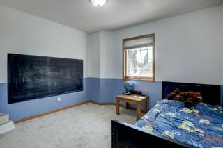 Photo 16: 38 Mt Kidd Road SE in Calgary: McKenzie Lake Detached for sale : MLS®# A1111288