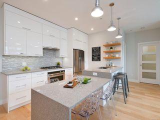 Photo 2: 316 1411 Cook St in : Vi Downtown Condo for sale (Victoria)  : MLS®# 876363