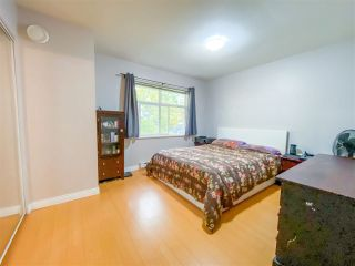 "Photo 17: 8 6878 SOUTHPOINT Drive in Burnaby: South Slope Townhouse for sale in ""CORTINA"" (Burnaby South)  : MLS®# R2510279"