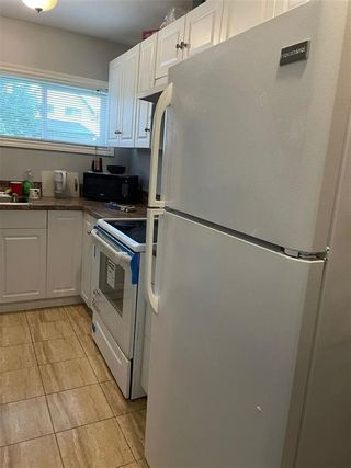 Photo 11: 394 Simcoe Street in Winnipeg: West End Residential for sale (5A)  : MLS®# 202120988