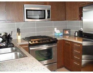 Photo 2: 611 9171 FERNDALE Road in Richmond: McLennan North Condo for sale : MLS®# V793435