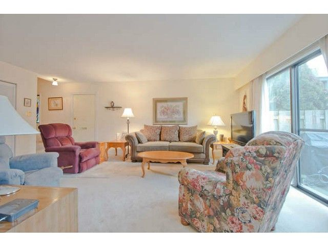 """Main Photo: 1218 PREMIER Street in North Vancouver: Lynnmour Townhouse for sale in """"LYNNMOUR VILLAGE"""" : MLS®# V1044116"""