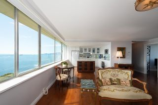 """Photo 8: 1101 1835 MORTON Avenue in Vancouver: West End VW Condo for sale in """"OCEAN TOWERS"""" (Vancouver West)  : MLS®# R2613716"""