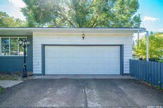Photo 38: 1902 Ewart Avenue in Saskatoon: Holliston Residential for sale : MLS®# SK870459