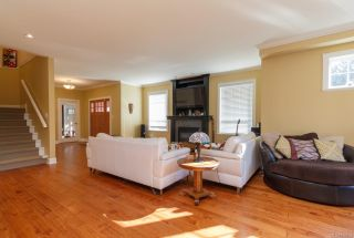 Photo 5: 2268 N French Rd in Sooke: Sk Broomhill House for sale : MLS®# 879702