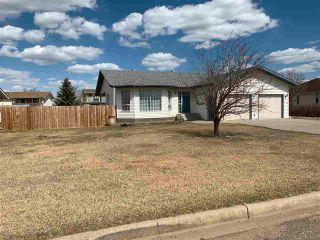 Photo 1: 4528 48 Avenue: Hardisty House for sale : MLS®# E4224525